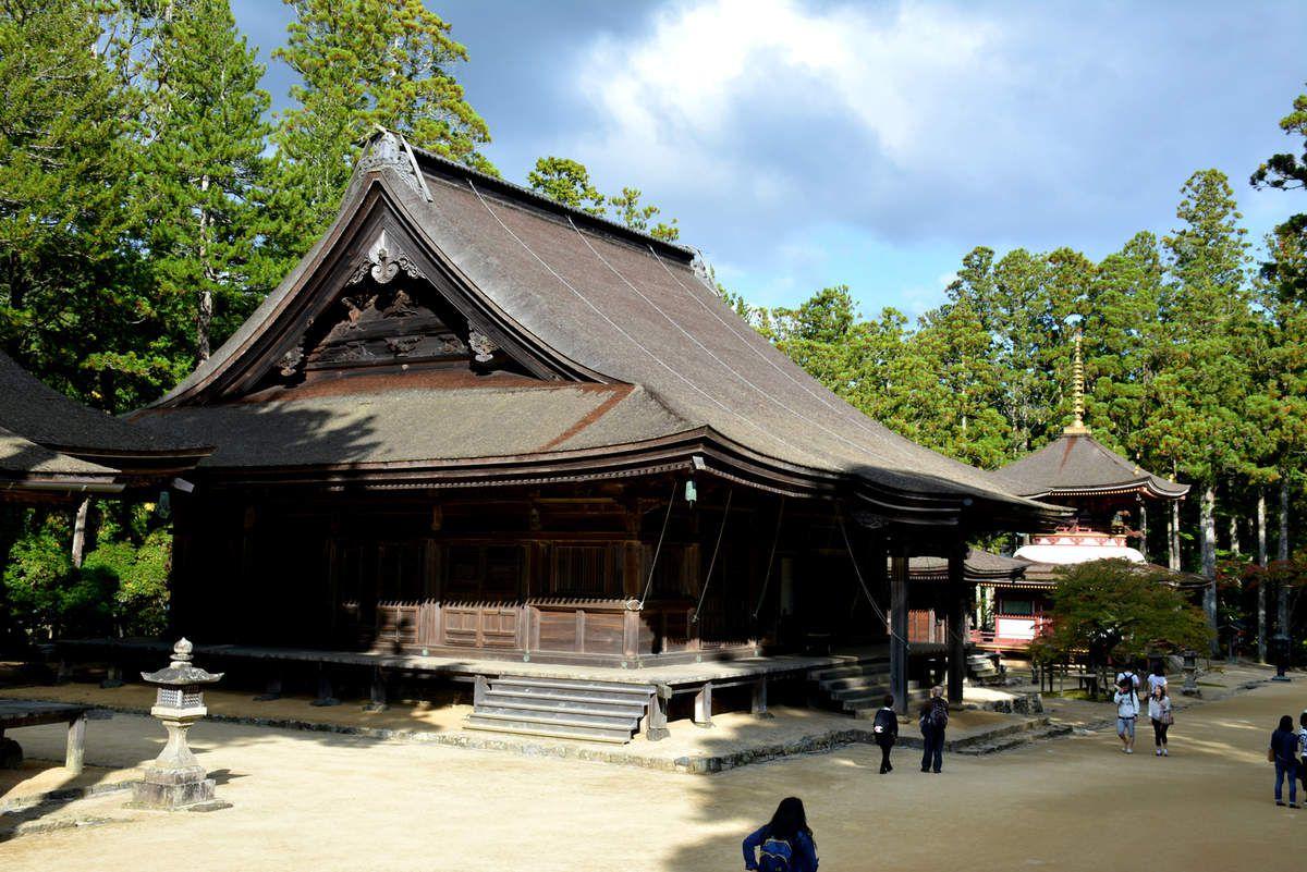 Koya-san - Danjo-Garan  - La pagode Konpon Daitô et les temples du site - Photos: Lankaart (c)