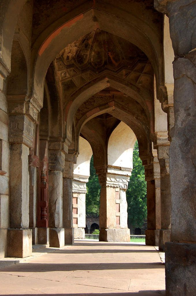 New-Delhi - Isa Khan's Tomb - Photos: Lankaart (c)