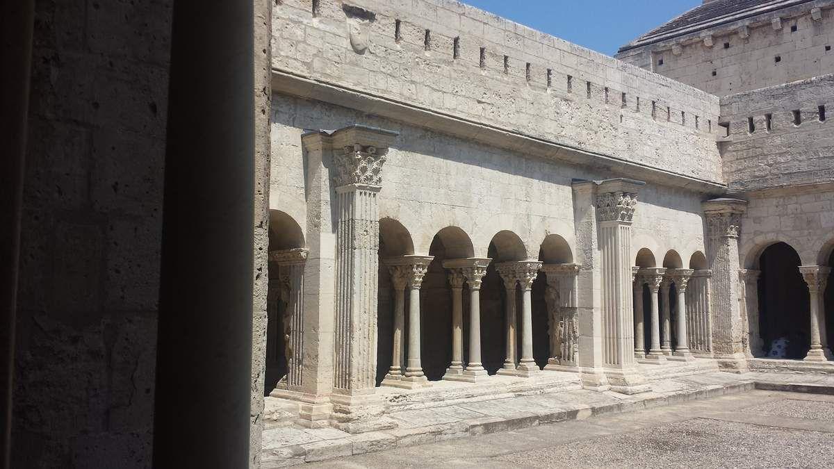 Arles - Cloître Saint-Trophime - Photos: Lankaart (c)
