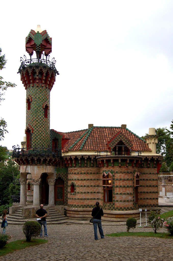 Gaudi - El Capricio - Photos: Lankaart (c)