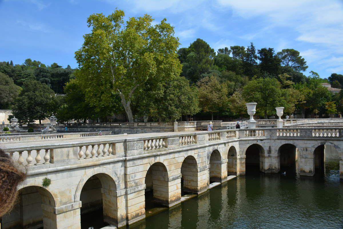 Nîmes - Jardins de la Fontaine - Photos: Lankaart (c)