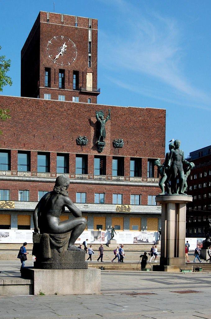 Oslo - Hôtel de Ville - Photos: Lankaart (c)