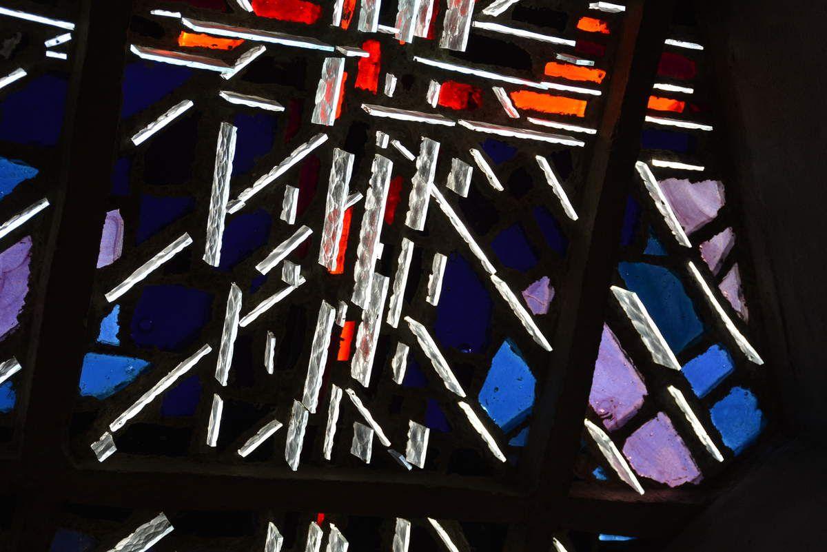 Église Notre-Dame de Royan - Vitraux - Claude Idoux - Photos: Lankaart (c)