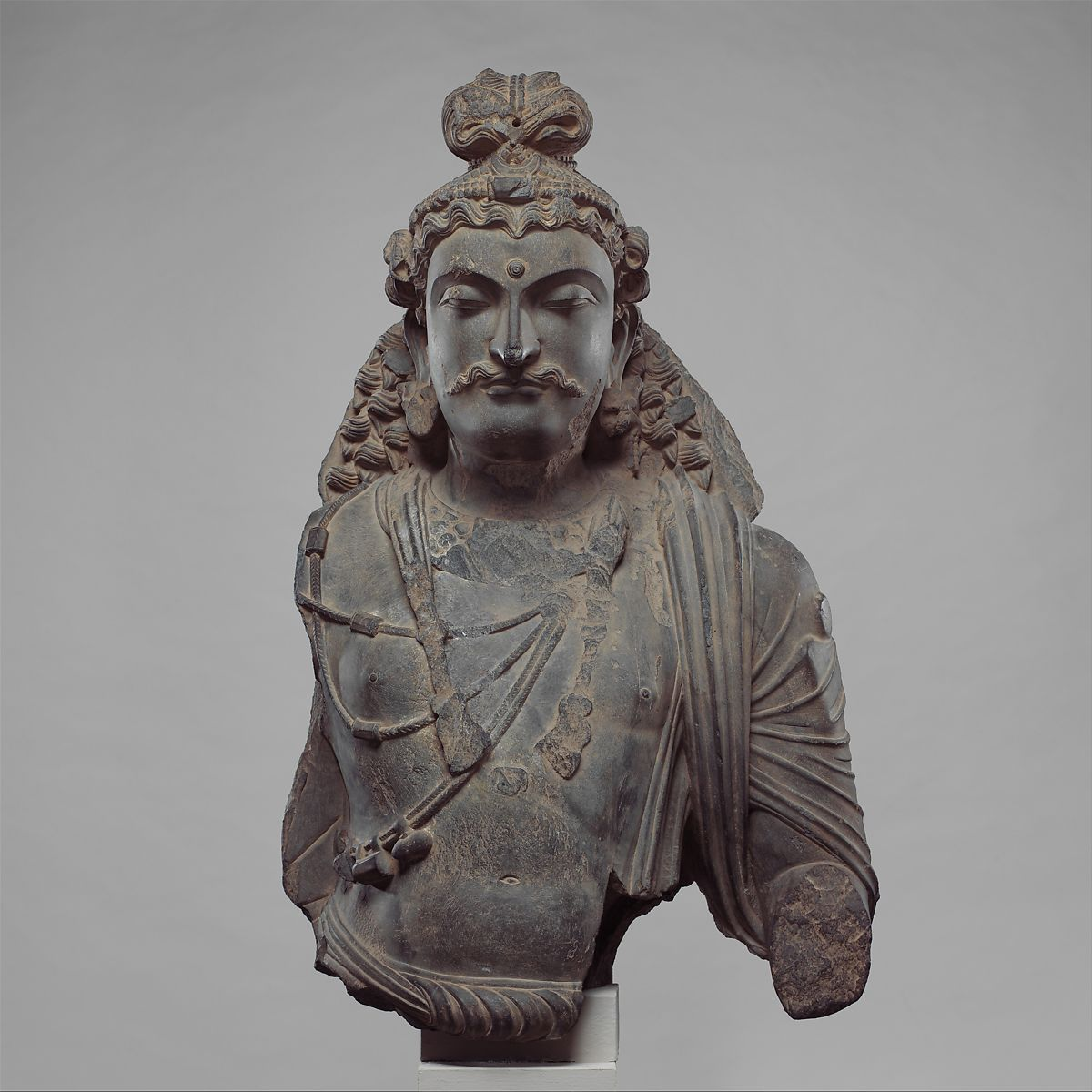 Gandhara - Buste de Boddhisatva - IV-Ve siècles - Photo: The MET
