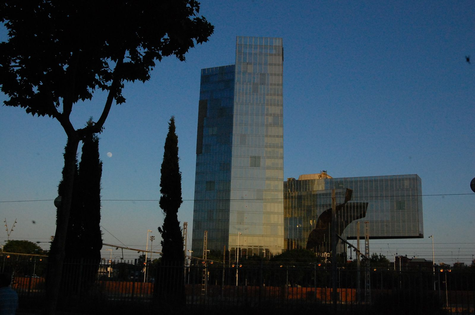 Enric Miralles - Torre Gas Natural Barcelone - Photos: Lankaart (c)