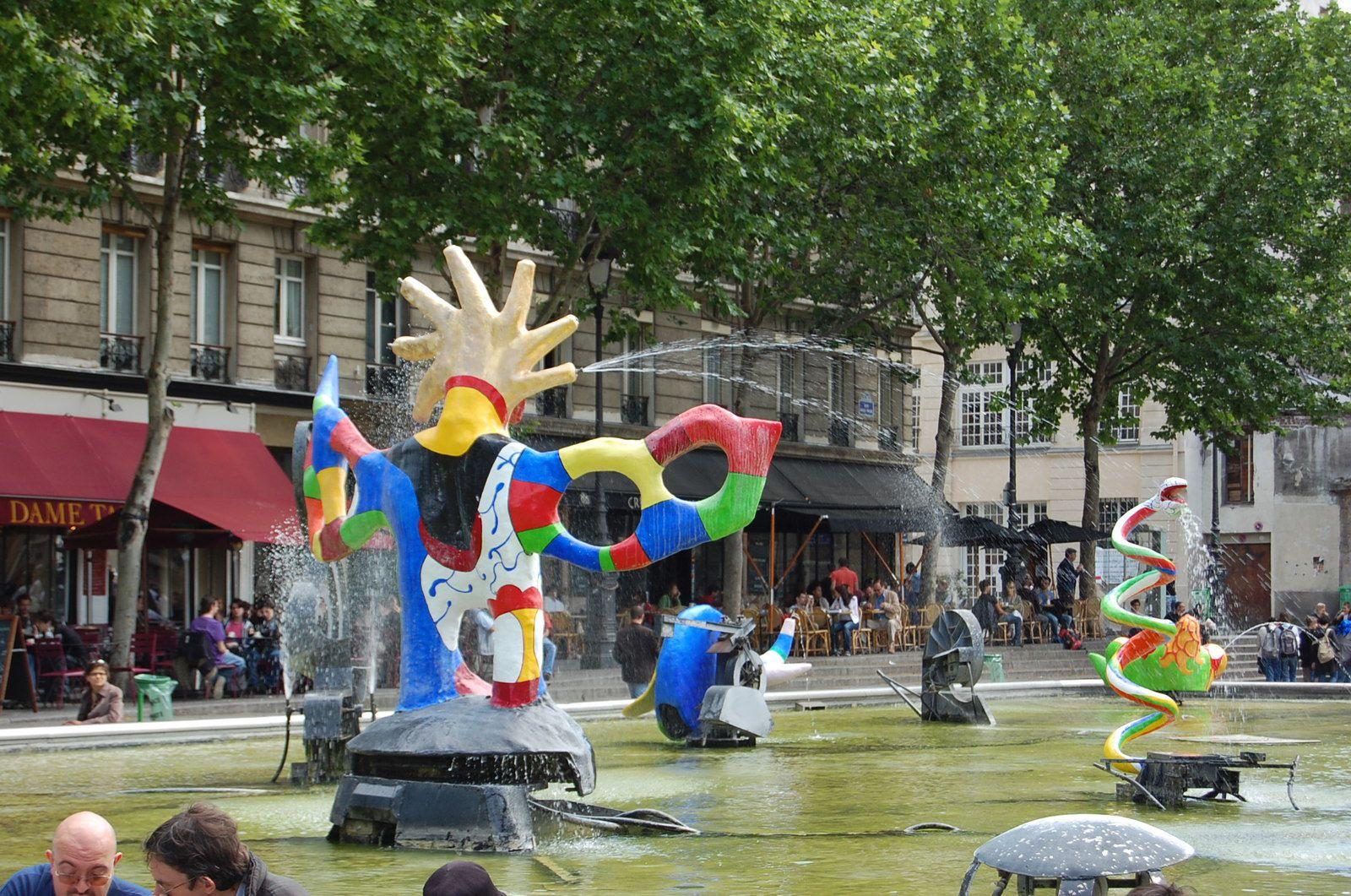 Paris - Fontaine Stravinsky - Photos: Lankaart (c)