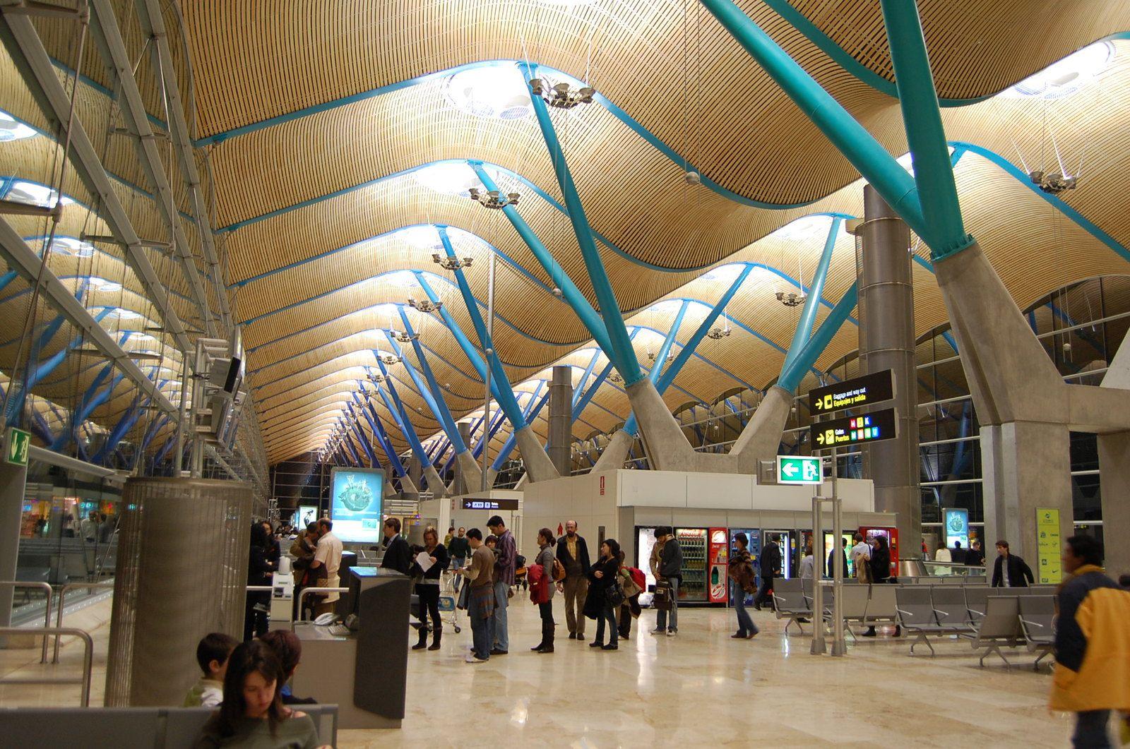 Richard Rogers - Aéroport de Barajas Madrid - Photos: Lankaart (c)
