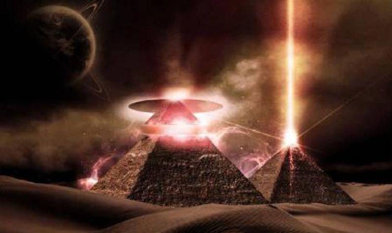 L'Arche d'alliance sacrée, cachée dans la grande pyramide…