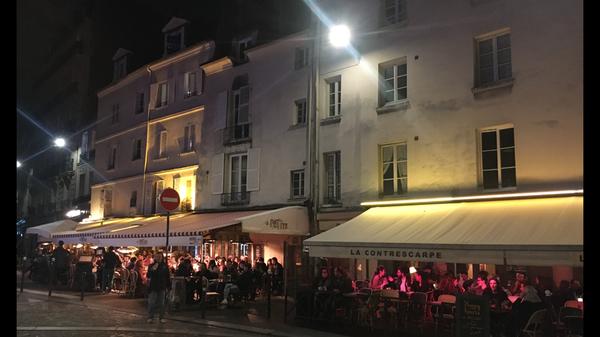 Cafés à Place de la Contrescarpe  ©Pascale Robert-Diard / Le Monde