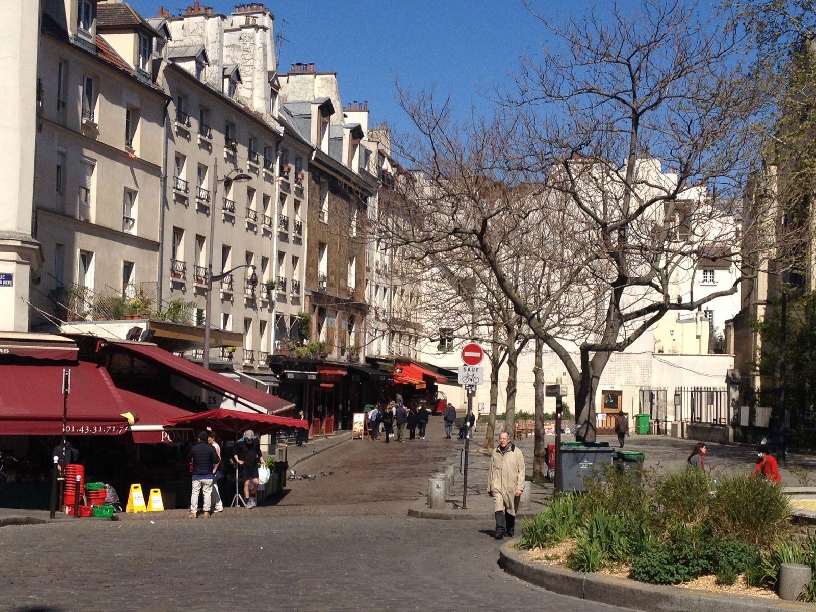 Place Saint Médard à Paris (05 avril vers 13h)