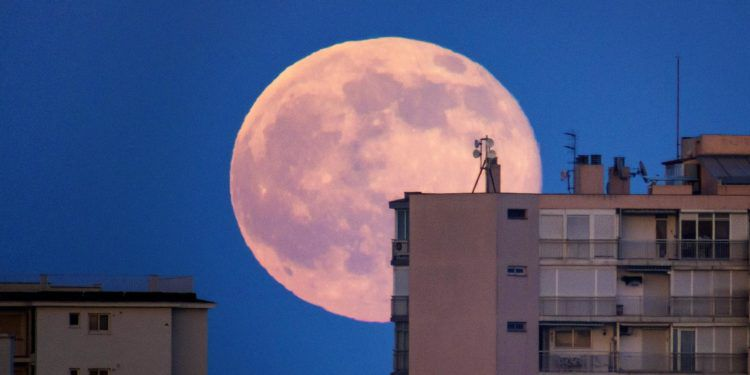 Super moon © Antonio Paris