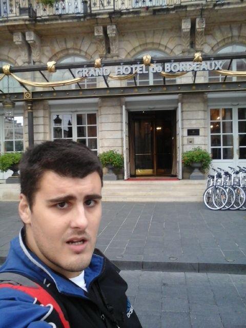 Au grand hôtel a Bordeaux