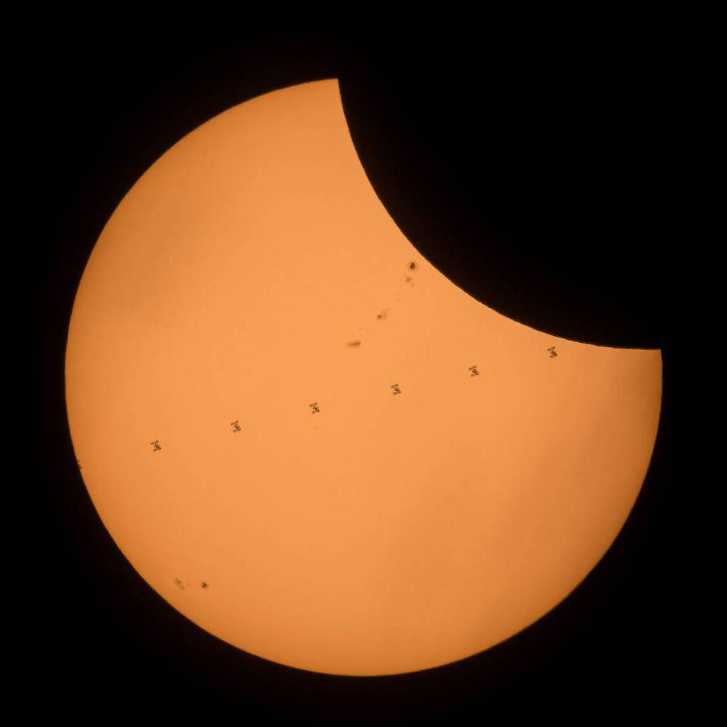 International Space Station - Transit - Eclipse solaire - Total solar eclipse - 21-08-2017 - NASA - Joel Kowsky
