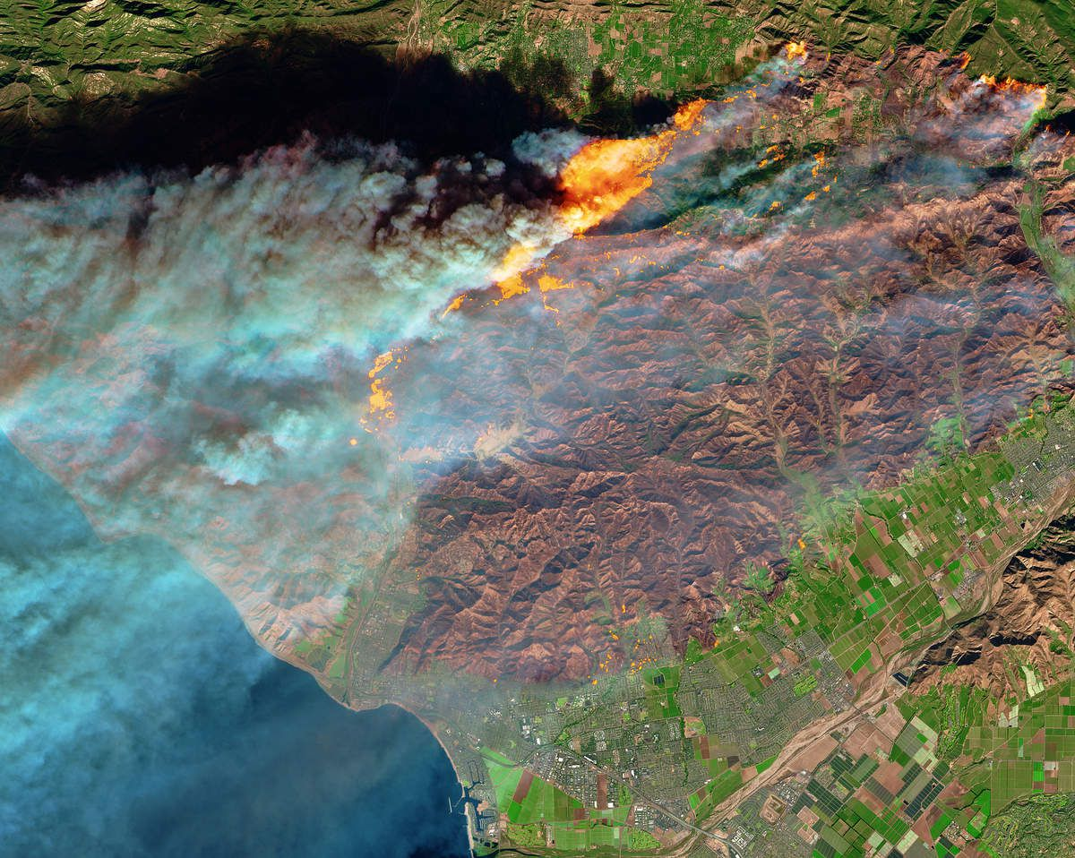 California - Wild Fire - Ventura - VCFD - Fire Department - Feux incendies - Copernicus - Sentinel-2 - Visible - NIR SWIR - ESA - Commission Européenne - satellite - GMES - Emergency mapping