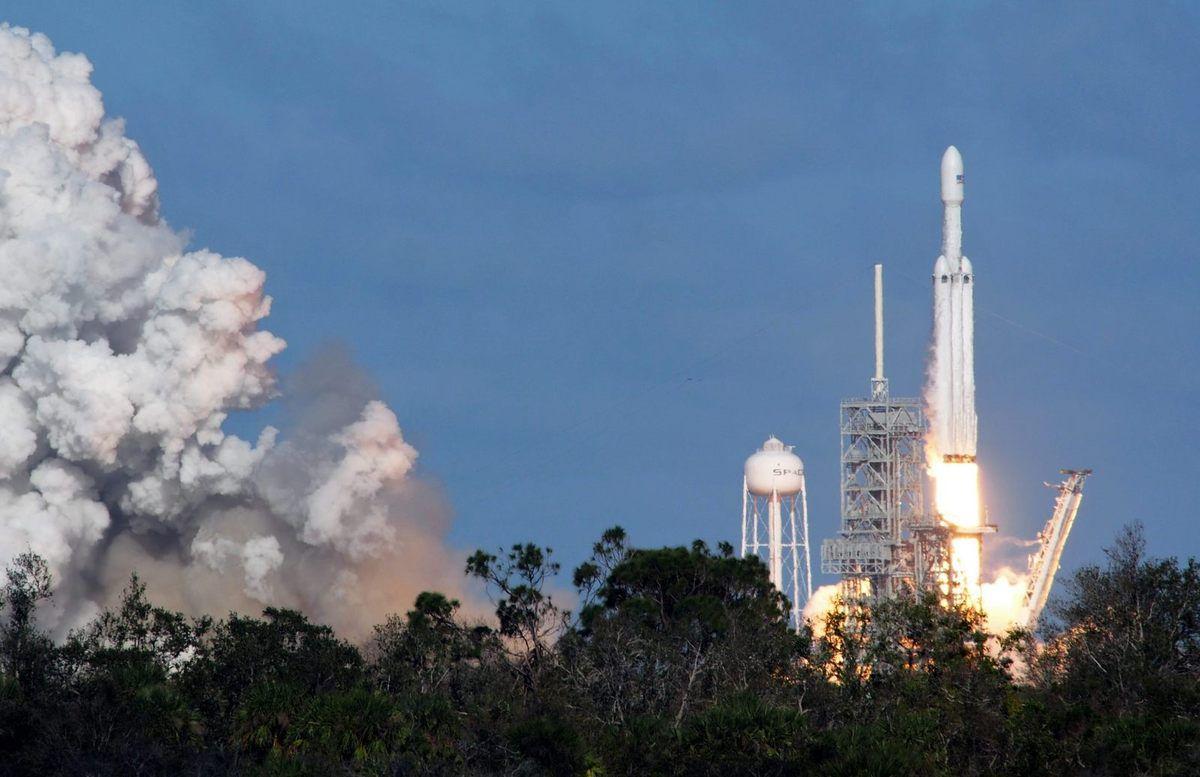 Falcon Heavy - SpaceX - Liftoff - Décollage - Mise à feu - Lancement - Launch - 6 février 2018 - Cape Canaveral - Kennedy Space Center