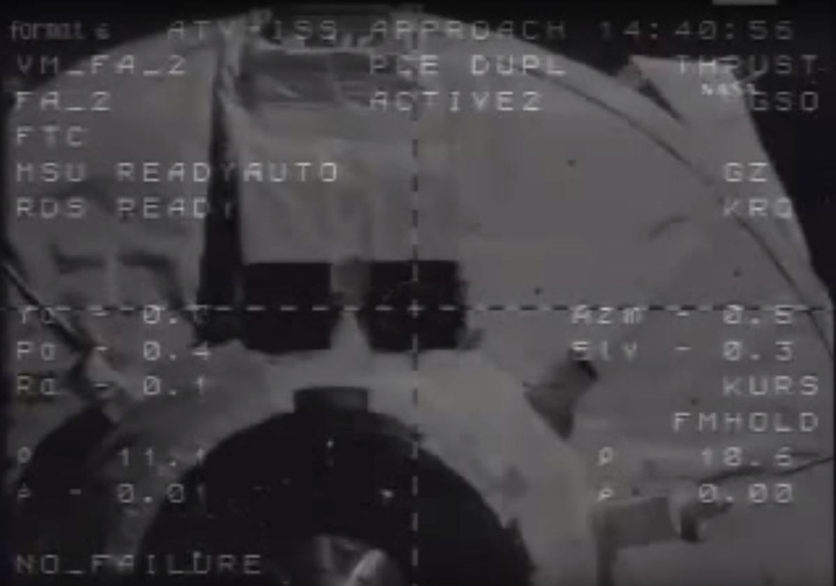 ATV - Jules Verne - Docking - Amarrage - Automatic Transfer Vehicle - ISS - Zvezda - Airbus Defence and Space