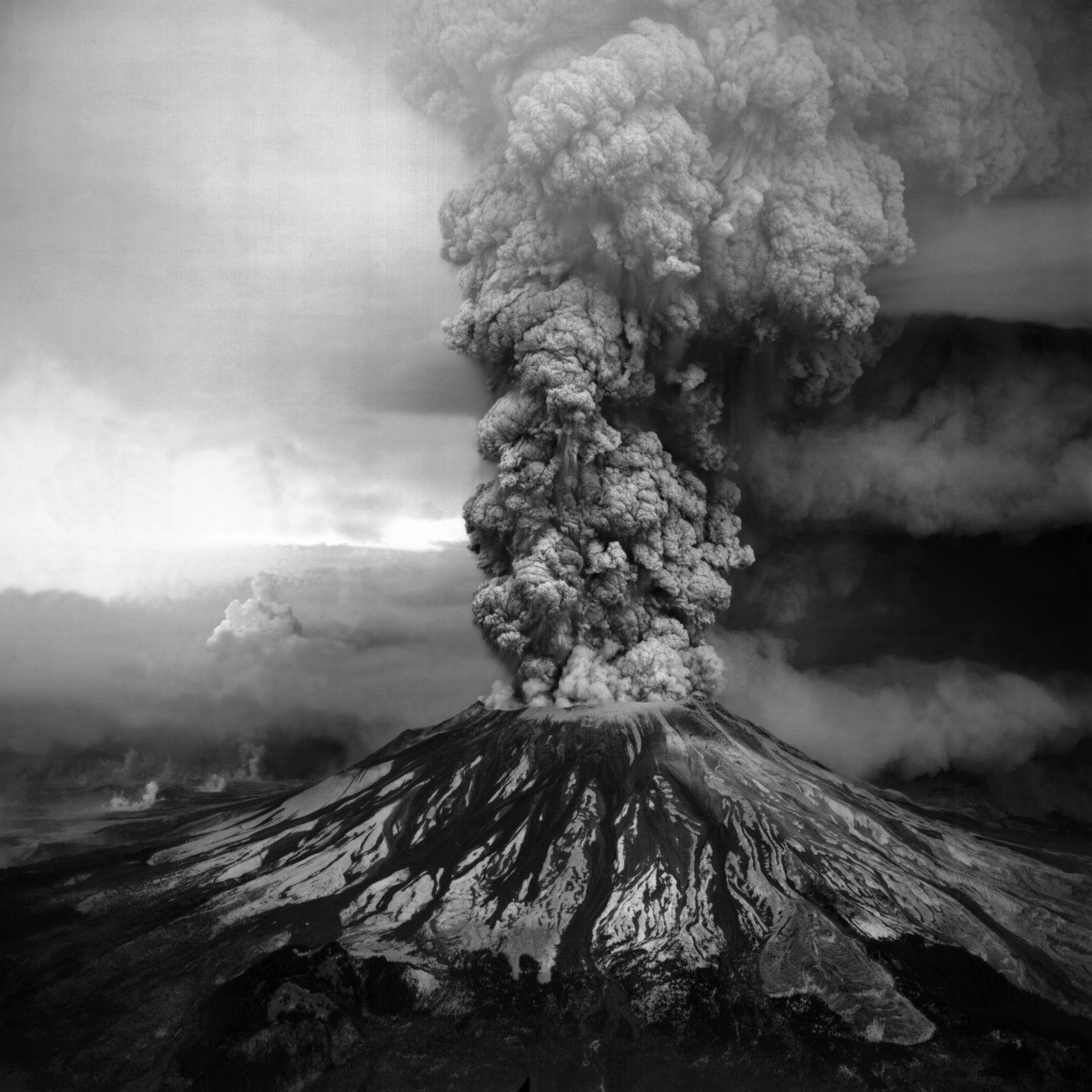 Mount St Helens - Mont Saint Helens - Eruption - Ash cloud - 18 mai 1980 - 05-18-1980 - USGS - Volcan - Volcano