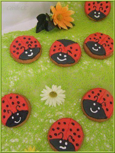 Tutoriel : biscuits coccinelles...