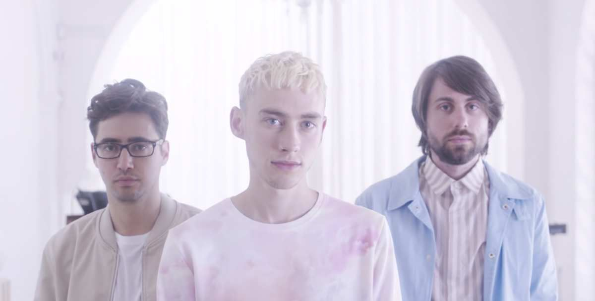 VIDEO / YEARS & YEARS - SHINE