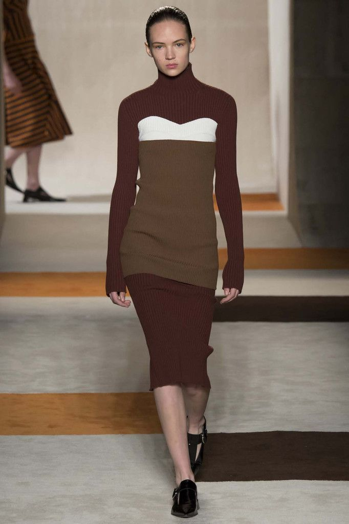 VICTORIA BECKHAM FALL/WINTER 2016 NYFW