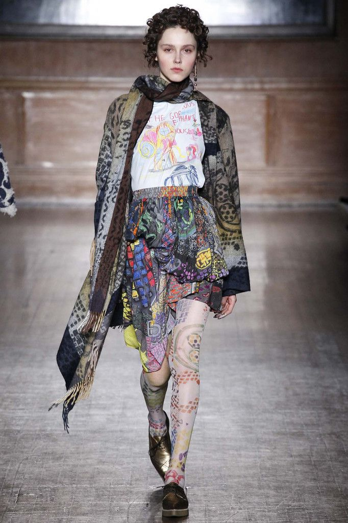 VIVIENNE WESTWOOD / FALL WINTER 2016 LFW