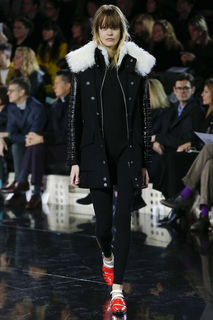 COURREGES / FALL WINTER 2016 PFW