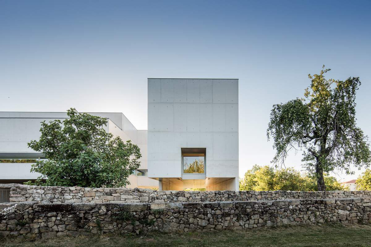 NADIR AFONSO MUSEUM / DESIGNED by ALVARO SIZA VIEIRA  IN PORTUGAL