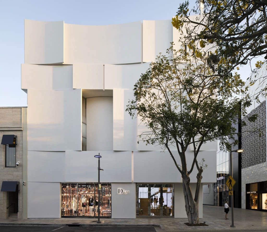 THE NEW DIOR FLAGSHIP IN MIAMI / DESIGNED BY BARBARITO BANCEL ARCHITECTS