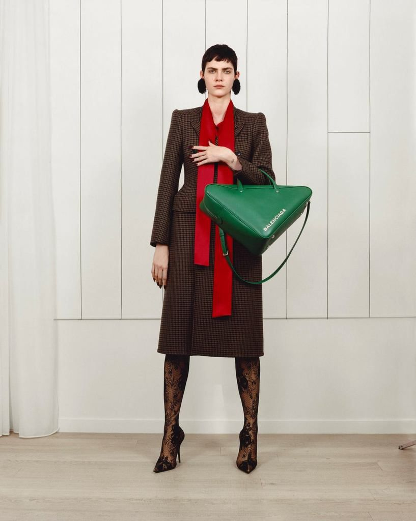 BALENCIAGA PRE/FALL 2017 WOMENSWEAR COLLECTION