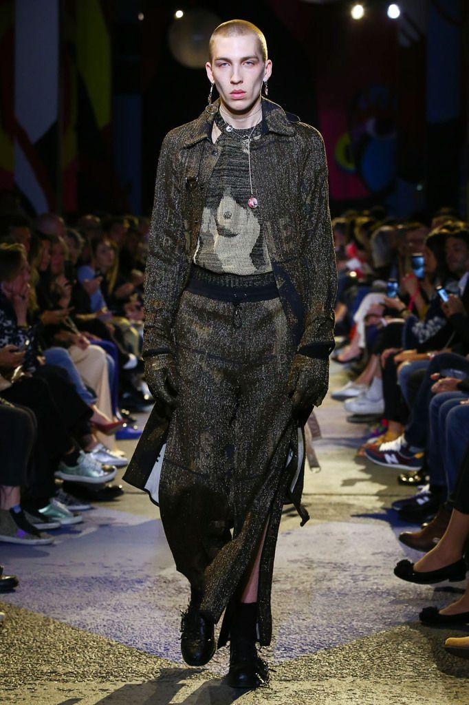 Maria Korkeila menswear collection © Jérémie Leconte /  CatwalkPictures
