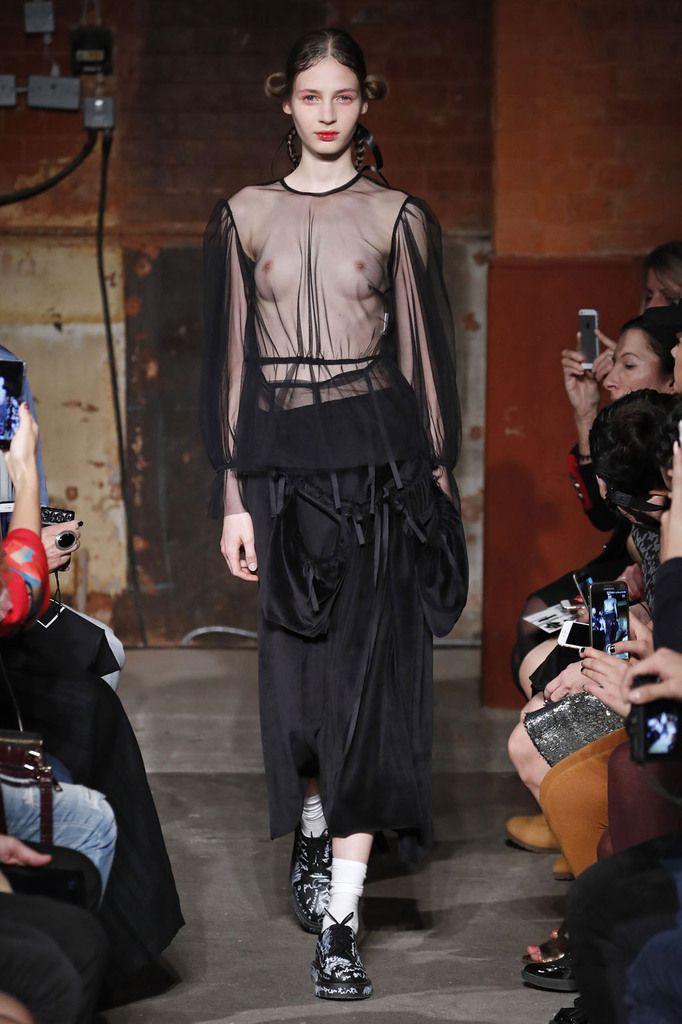Alexandra Moura ss18 collection LFW / Courtesy PortugalFashion
