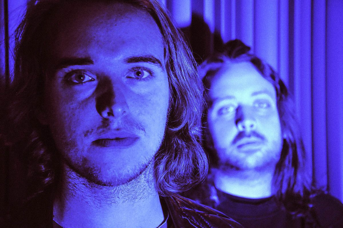 PREMIERE / NEW TRACK 'ALL THE LOVE' BY SWEDISH POP DUO TUNDRAN.