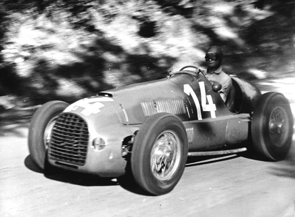 Peter Whitehead in action with the Ferrari 125 F1 The pilot will win the GP of Czechoslovakia in Brno 1949