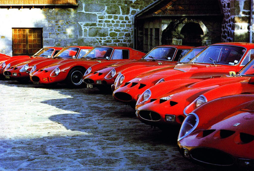 Meeting on the 20th Anniversary of the 250 GTO. In the picture deployment of GTOs in the estate of Pierre Bardinon