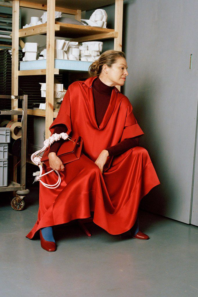 ROKSANDA PRE FALL 2018 WOMENSWEAR COLLECTION STARRING CORDULA REYER