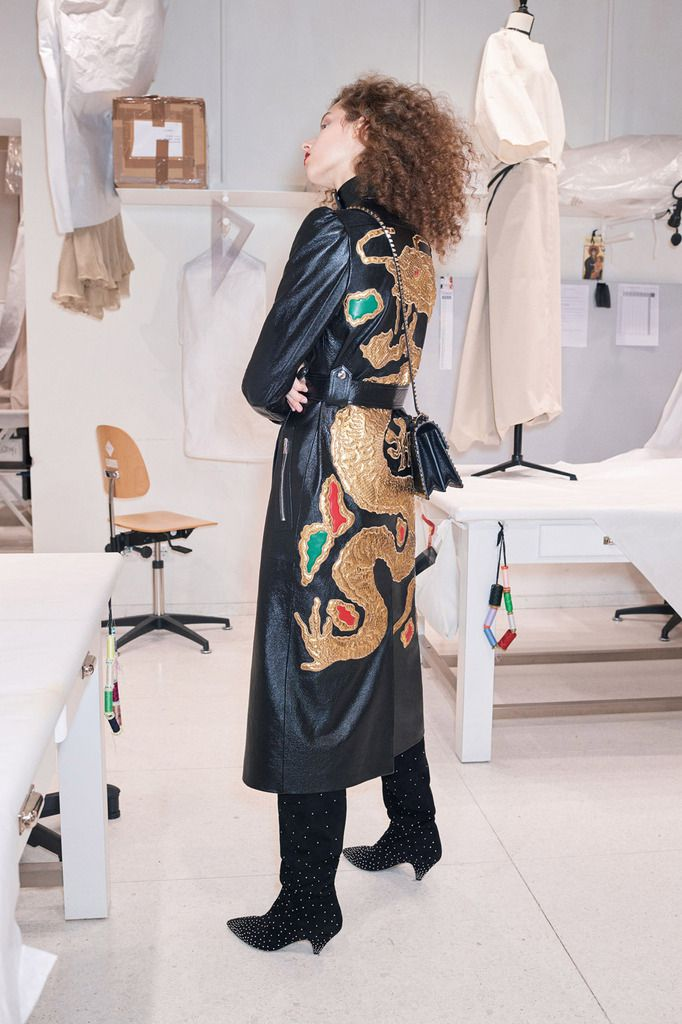 VALENTINO PRE FALL 2018 WOMENSWEAR COLLECTION