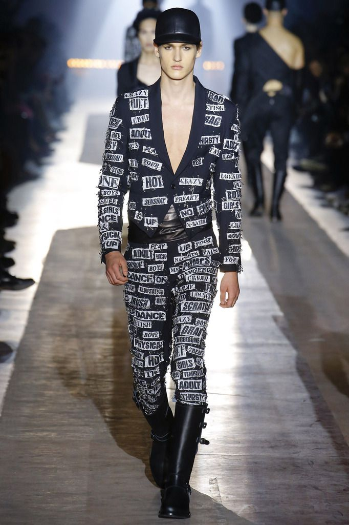 MOSCHINO FALL WINTER 2018 MENSWEAR COLLECTION MFW