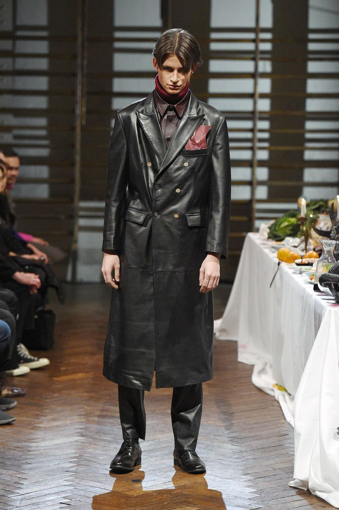 ARTHUR AVELLANO FALL WINTER 2018 MENSWEAR COLLECTION PFW
