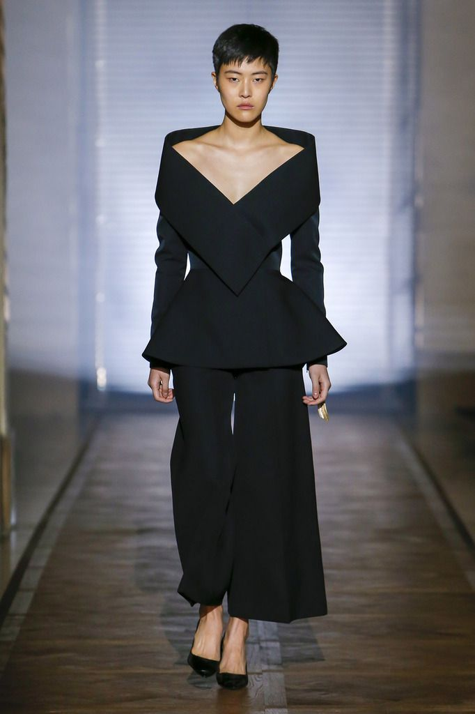 GIVENCHY SPRING 2018 HAUTE COUTURE COLLECTION