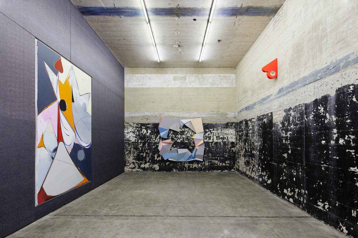 A NAZI BUNKER CONVERTED IN ART EXHIBITION SPACE IN BERLIN, A PLACE DO DISCOVER