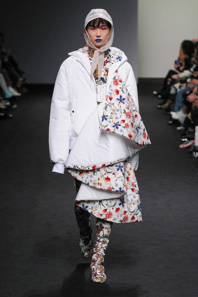 BLINDNESS 블라인드니스 FALL WINTER 2018 19 COLLECTION / SEOUL FASHION WEEK