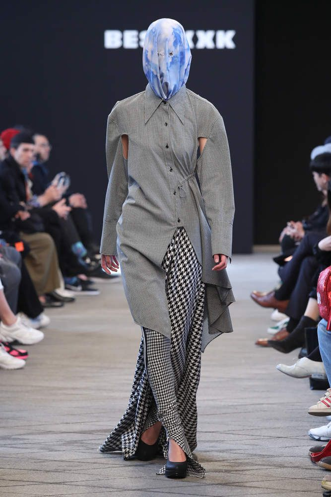 BESFXXK 비스퍽 FALL WINTER 2018 19 COLLECTION / SEOUL FASHION WEEK