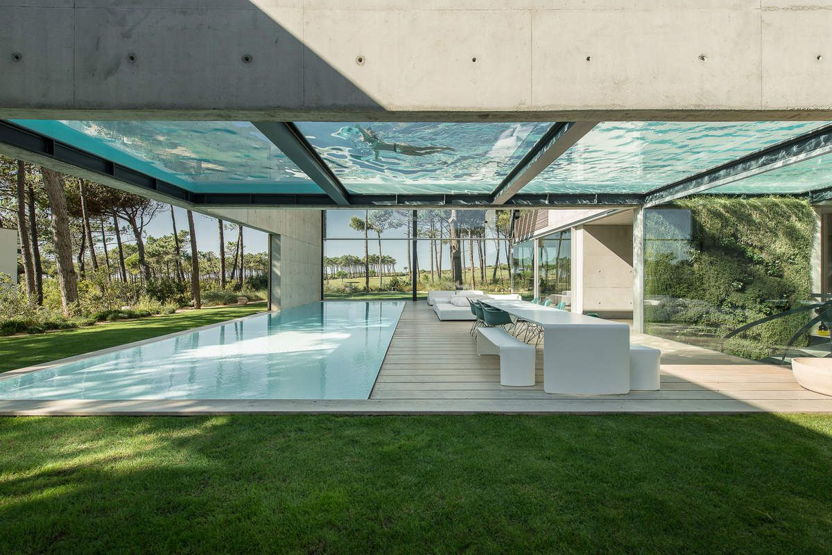 THE WALL HOUSE IN CASCAIS, PORTUGAL BY GUEDES CRUZ ARCHITECTS