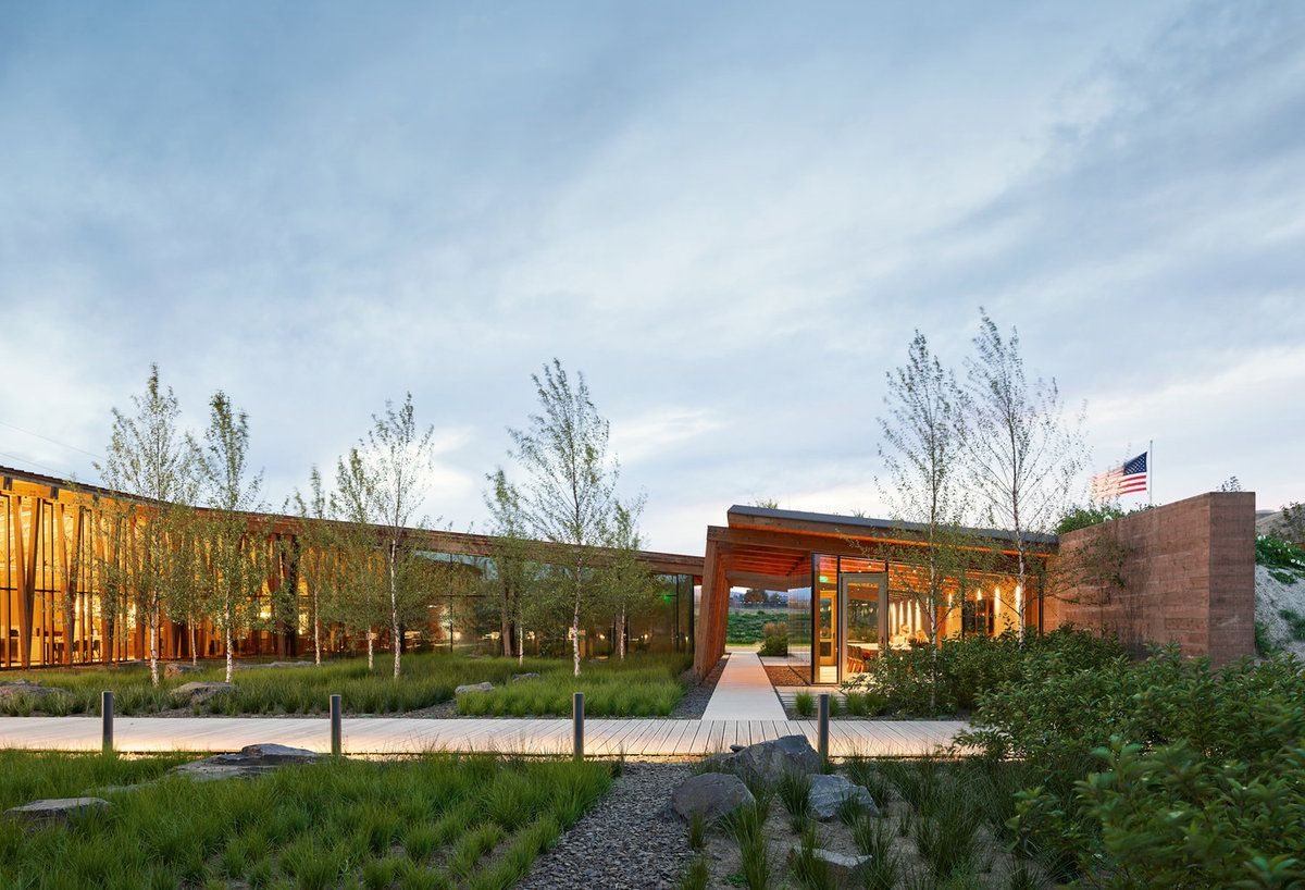 WASHINGTON FRUIT & PRODUCE CO HEADQUARTERS IN YAKIMA USA BY GRAHAM GABA ARCHITECTS