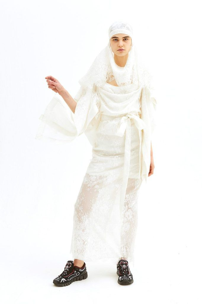 DISCOVER THE ANDREAS KRONTHALER FOR VIVIENNE WESTWOOD SPRING 2019 BRIDAL COLLECTION