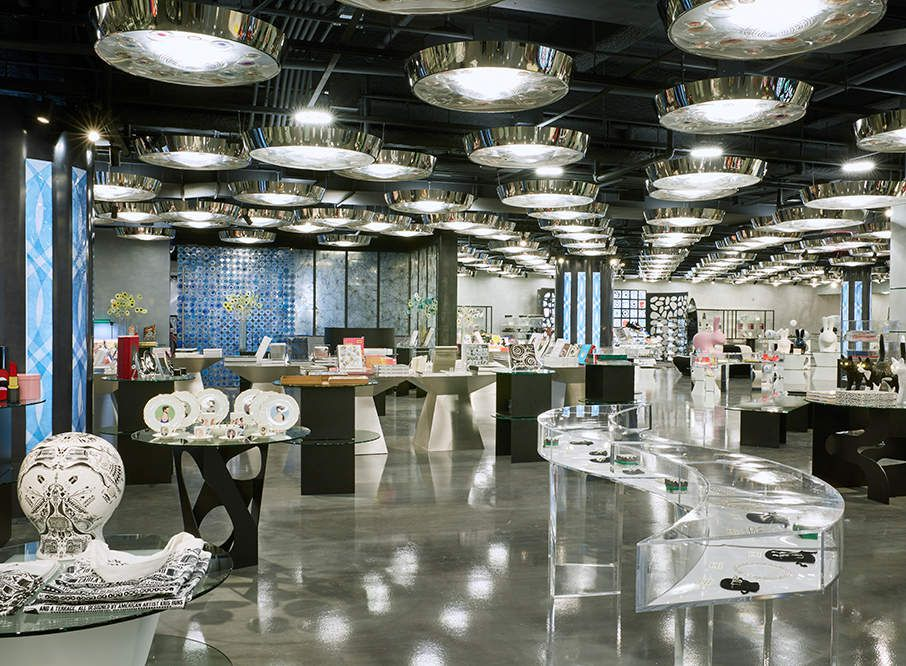 AT SEAPORT DISTRICT NYC, FIND THE NEW AND FIRST US STORE '10 CORSO COMO' NEW YORK