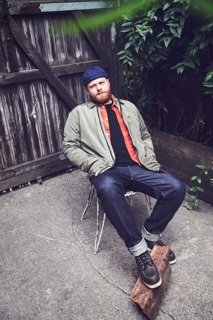 CHECK THE OFFICIAL VIDEO FOR 'JUST YOU AND I' THE NEW SINGLE FROM BRIT-NOMINATED TOM WALKER