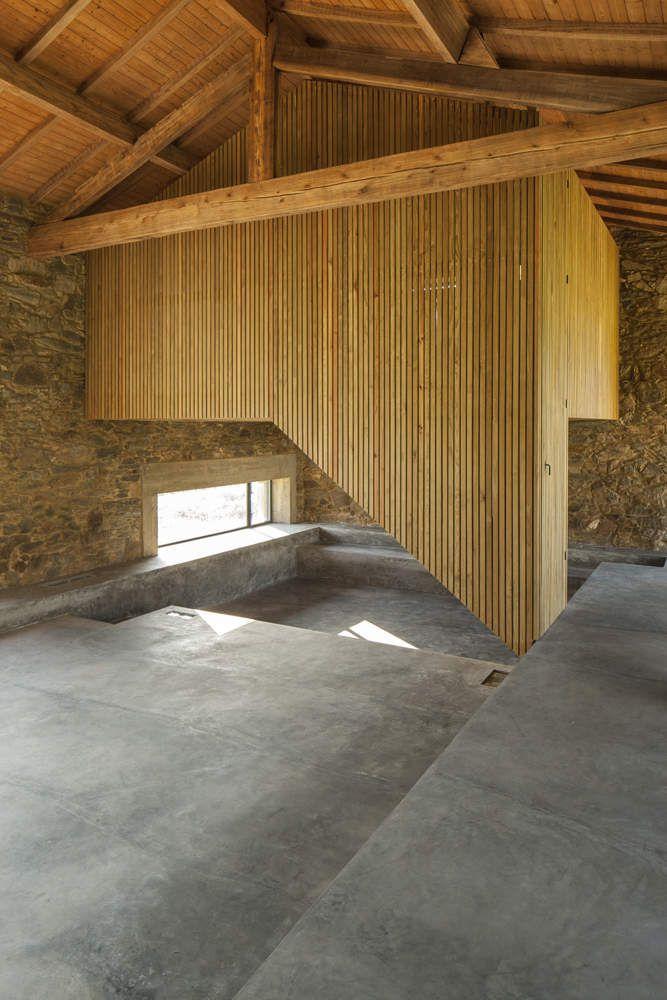 THE REHAB OF BALAZAR'S HOUSE IN A NEW TOURIST ACCOMODATION BY NUNO MERINO ROCHA ARCHITECT