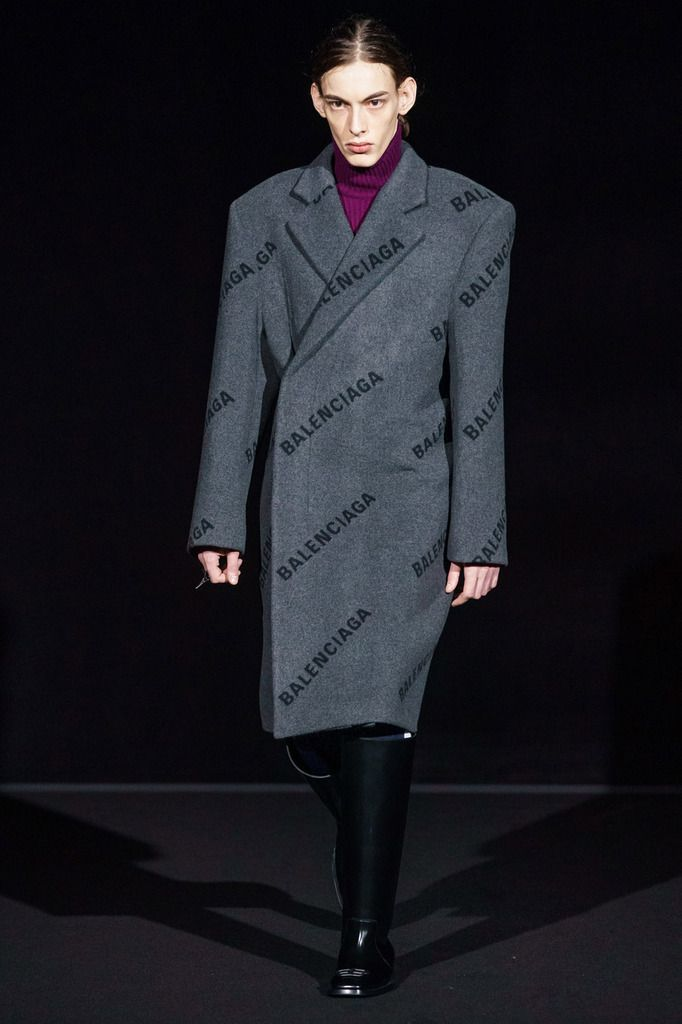 BALENCIAGA FALL WINTER 2019/20 RTW COLLECTION PFW