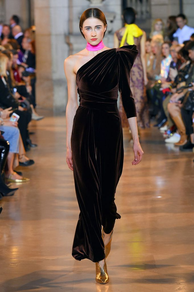 WATCH TALBOT RUNHOF FALL WINTER 2019/20 RTW COLLECTION